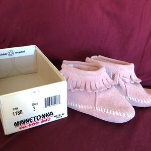 Minnetonka infant booties